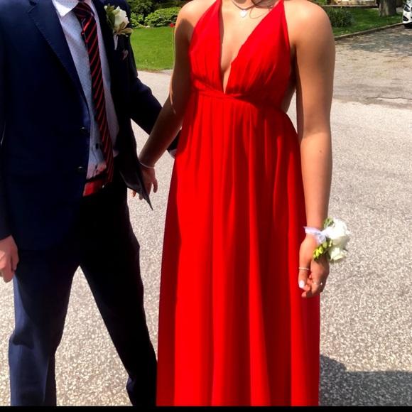 Red prom dress!!